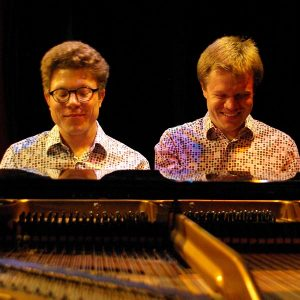 Music in Lanark: Duo B!zart