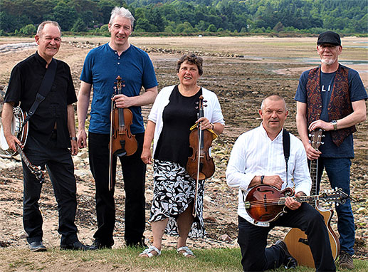 Hingin' by a Threed - Music in Lanark